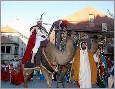 Reis Magos a caminho do Castelo de CincoQuinas