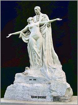 Estátua original de Eça de Queirós, hoje no Museu da Cidade
