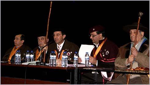 João Luís Vaz (o primeiro da esquerda) na mesa capitular