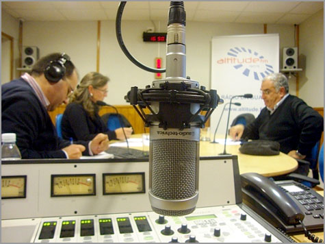 Estúdio - Rui Isidro - Ana Manso e Fernando Cabral - Foto de Rádio Altitude